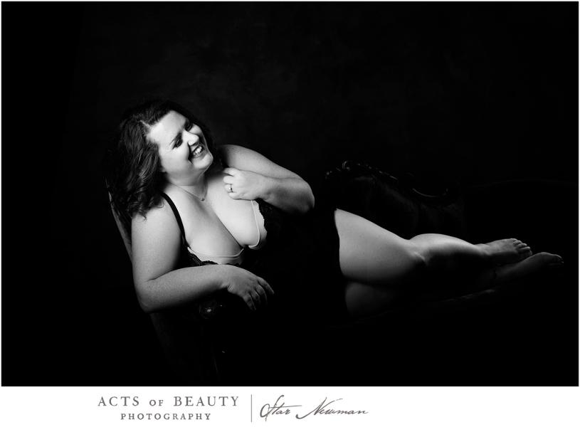 Plus size boudoir pose